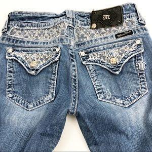 Miss Me Women's Light Wash Boot Cut Jeans Size 28